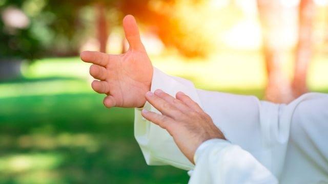 Meditação em movimento para vencer a ansiedade - Chi Kung
